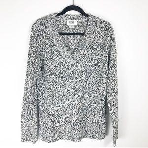 Pink Victoria Secrets Black White V-Neck Sweater S